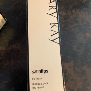 Mary Kay Satin Lips Mask